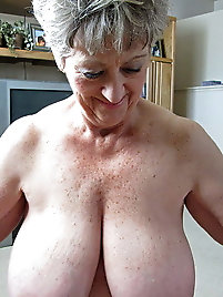 Older whores are getting undressed