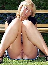 Nude pics older Free Mature